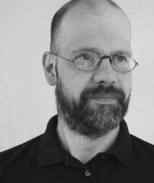 Thomas Wahls Fachdozent für Rigging und Höhenarbeiten im Dozent*innen-Team der DEAplus Deutsche Event Akademie Hannover